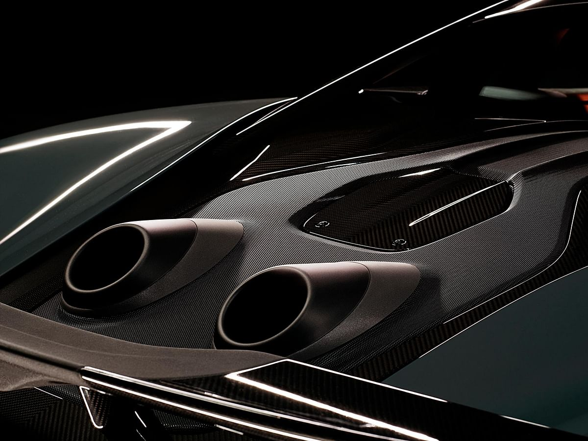 The top-mounted exhaust tips spit flames!