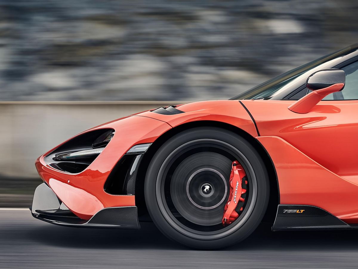 The 765LT gets brake calipers from the Senna