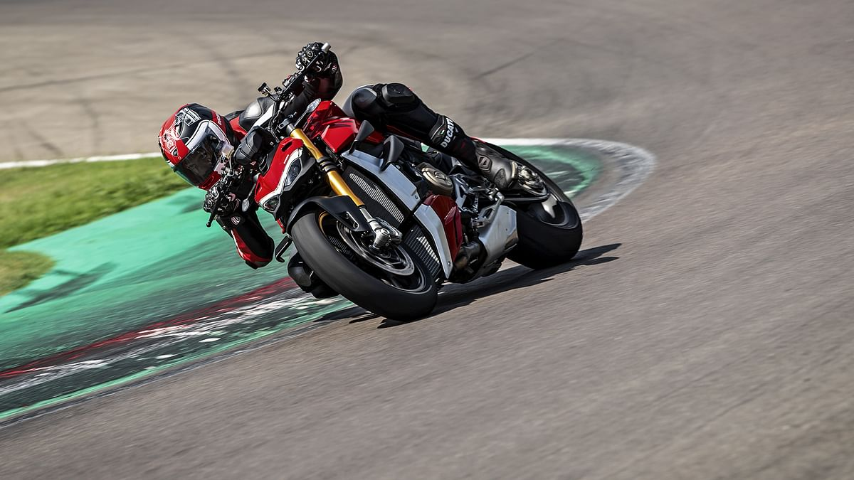 The Streetfighter V4 has more stability at corners as compared to Panigale V4.