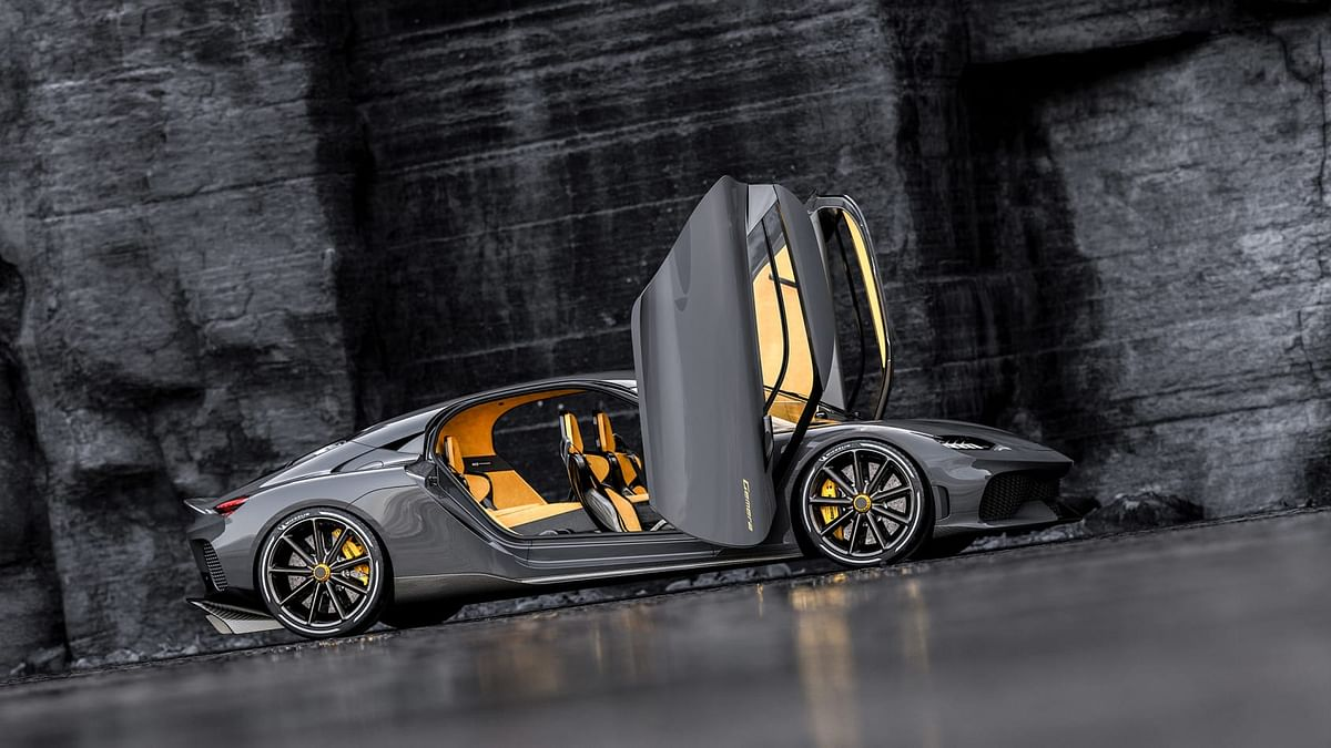 Koenigsegg is able to do is route all the exhaust gases from the three cylinders into one turbocharger