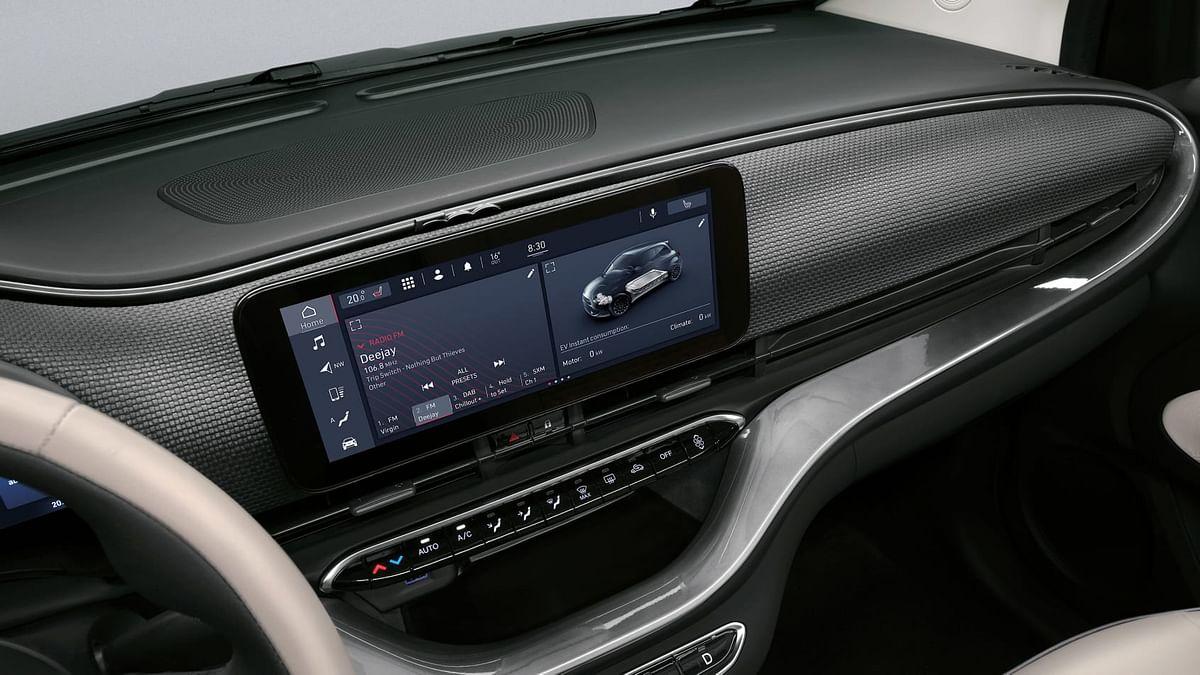 New 2020 Fiat 500 infotainment