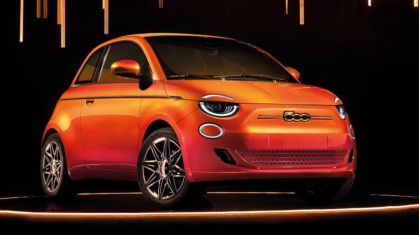 New 2020 Fiat 500 front 3 quarters