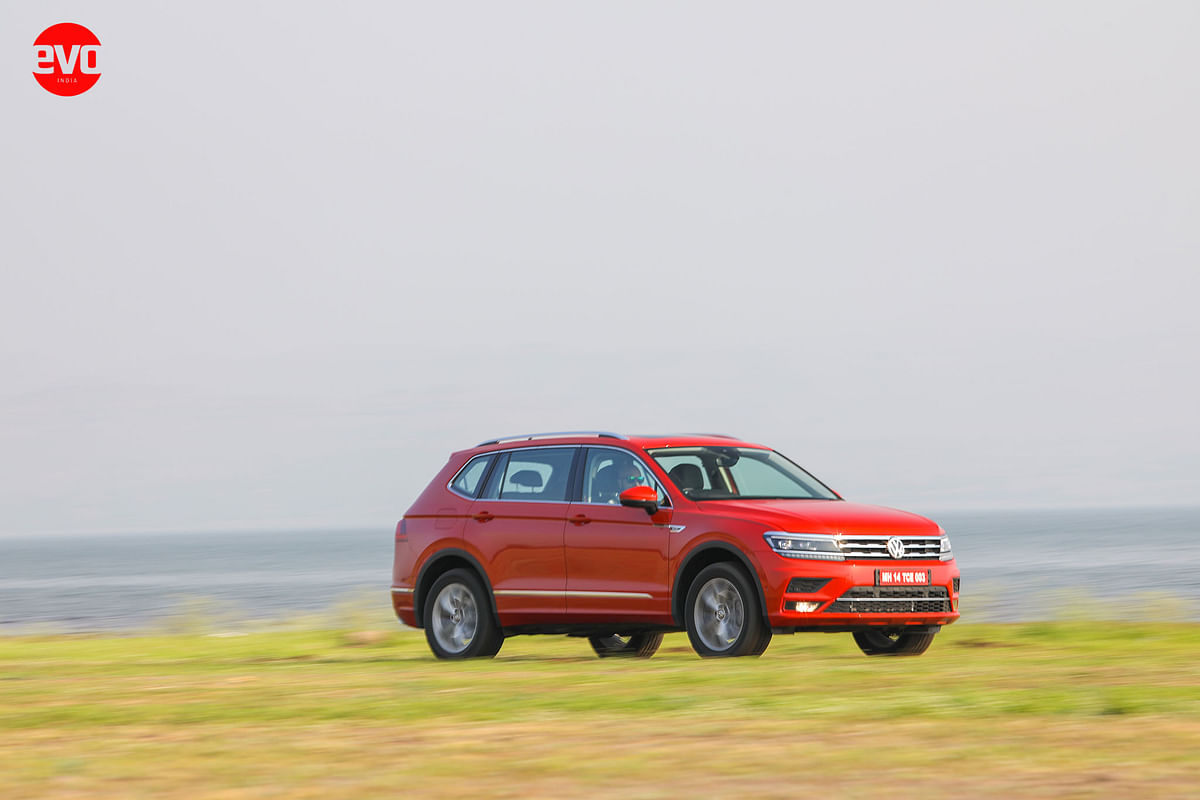 AllSpace is the paint — Habanero Orange Metallic — and is huge shift from the dull colours available on the older Tiguan