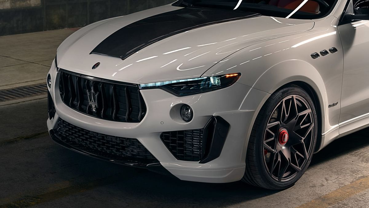 Novitec Maserati Levante -headlights/bonnet