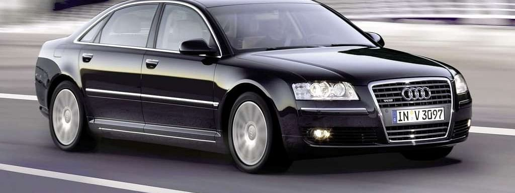 This is the Audi A8 L 3.0 W12 driven by Frank Martin, Jason Statham's character from the Transporter series.