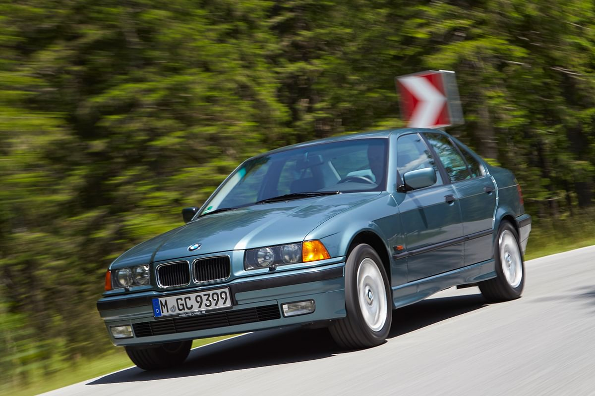 Old is gold. The third generation 3 Series looks stunning
