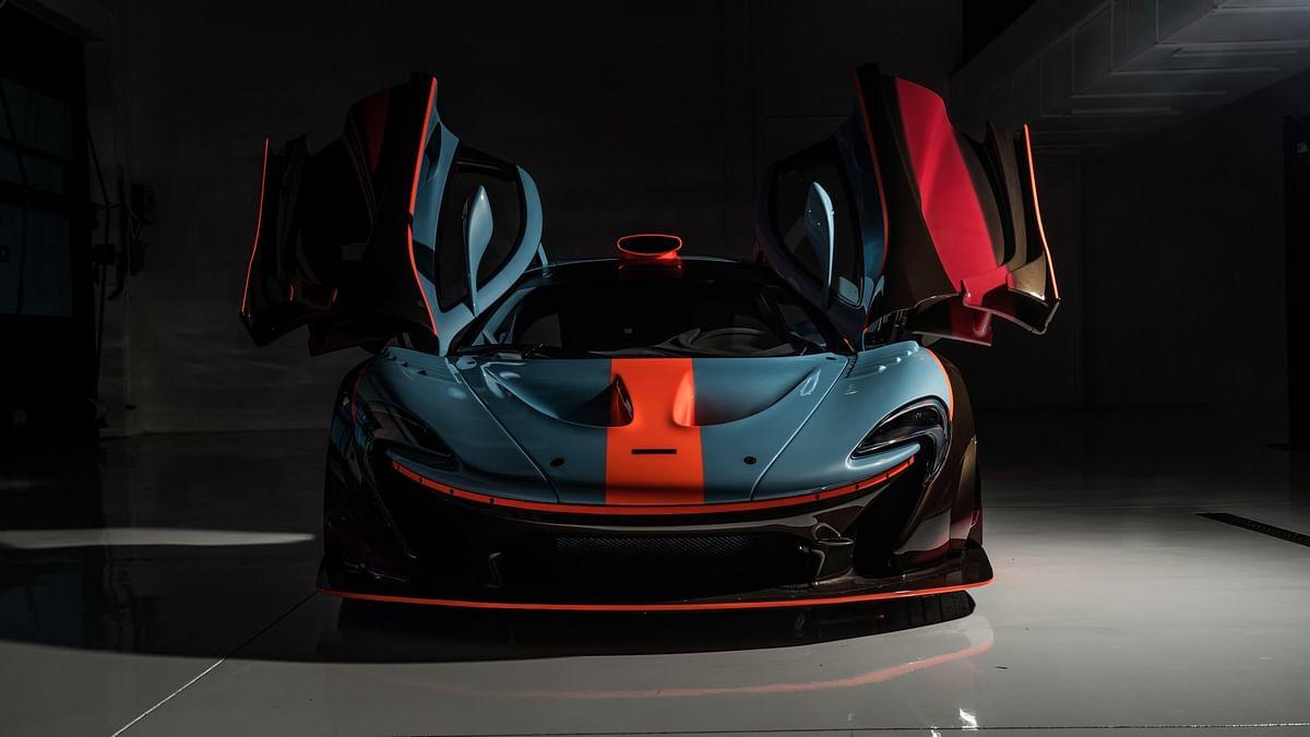 Lanzante McLaren P1 GTR-18, head-on, doors open