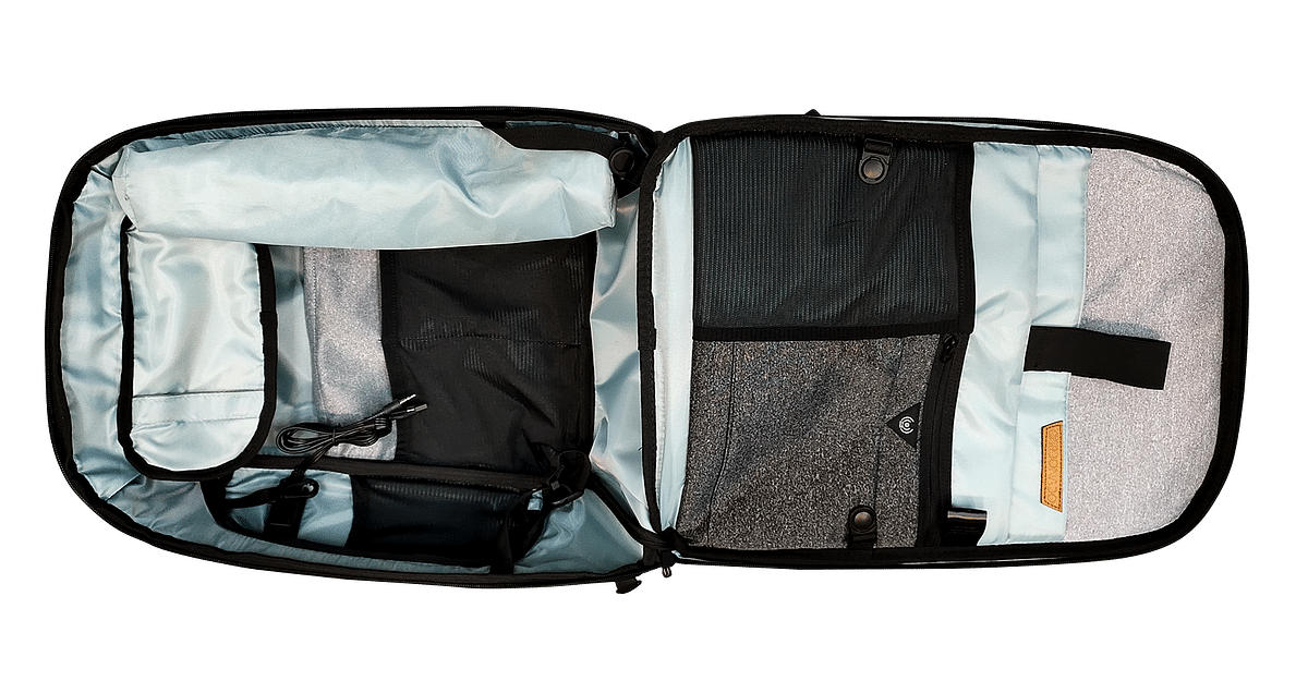 Compartments that have been ergonomically designed and positioned for the things you need the most are placed on the outside and larger items can be stowed away.