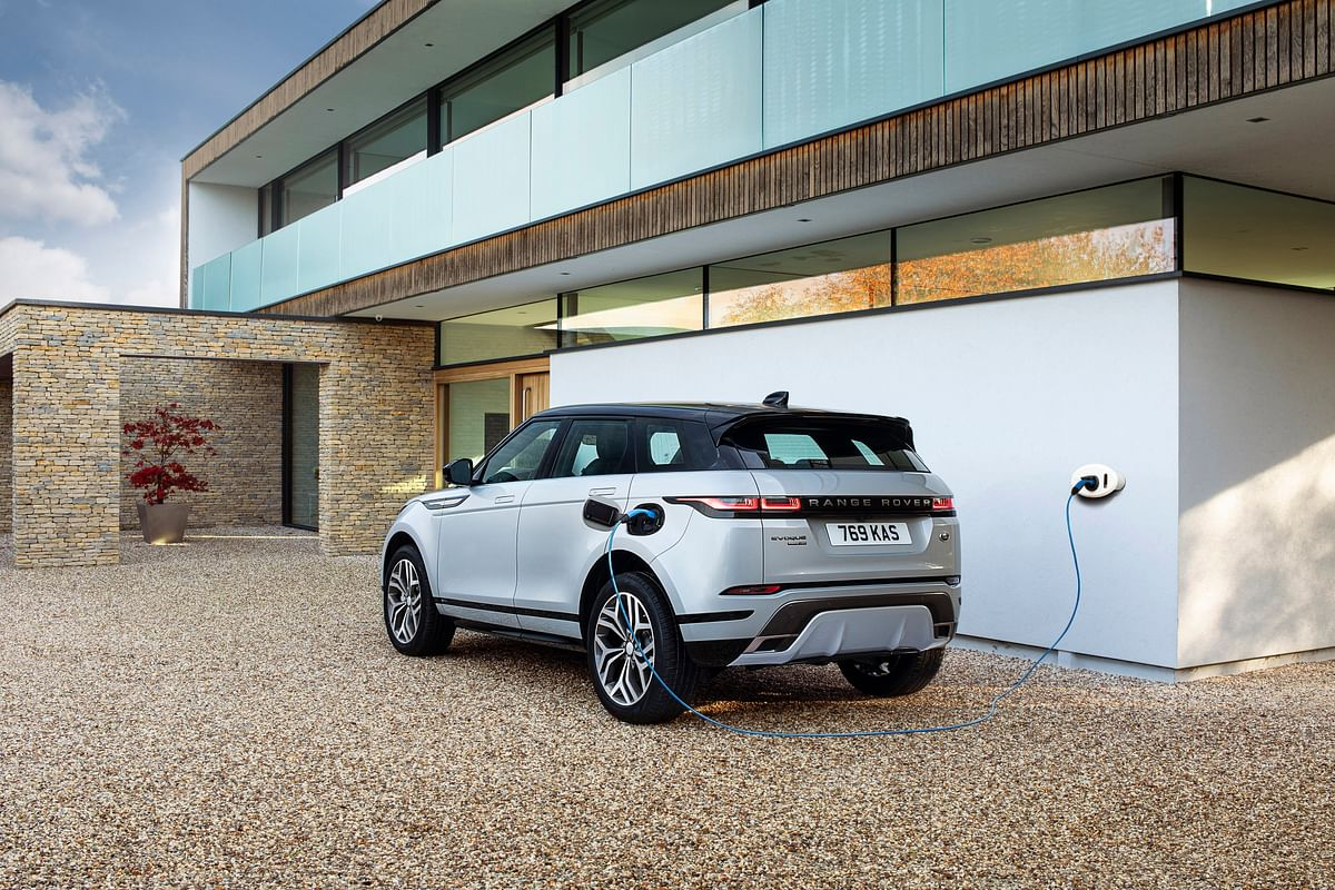 Land Rover introduces plug-in hybrid technology for the Evoque and Discovery Sport