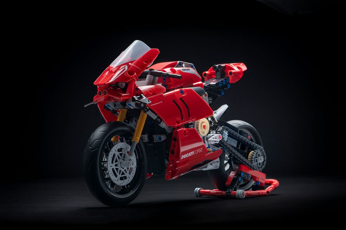 Ducati Panigale V4 R now available as a Lego