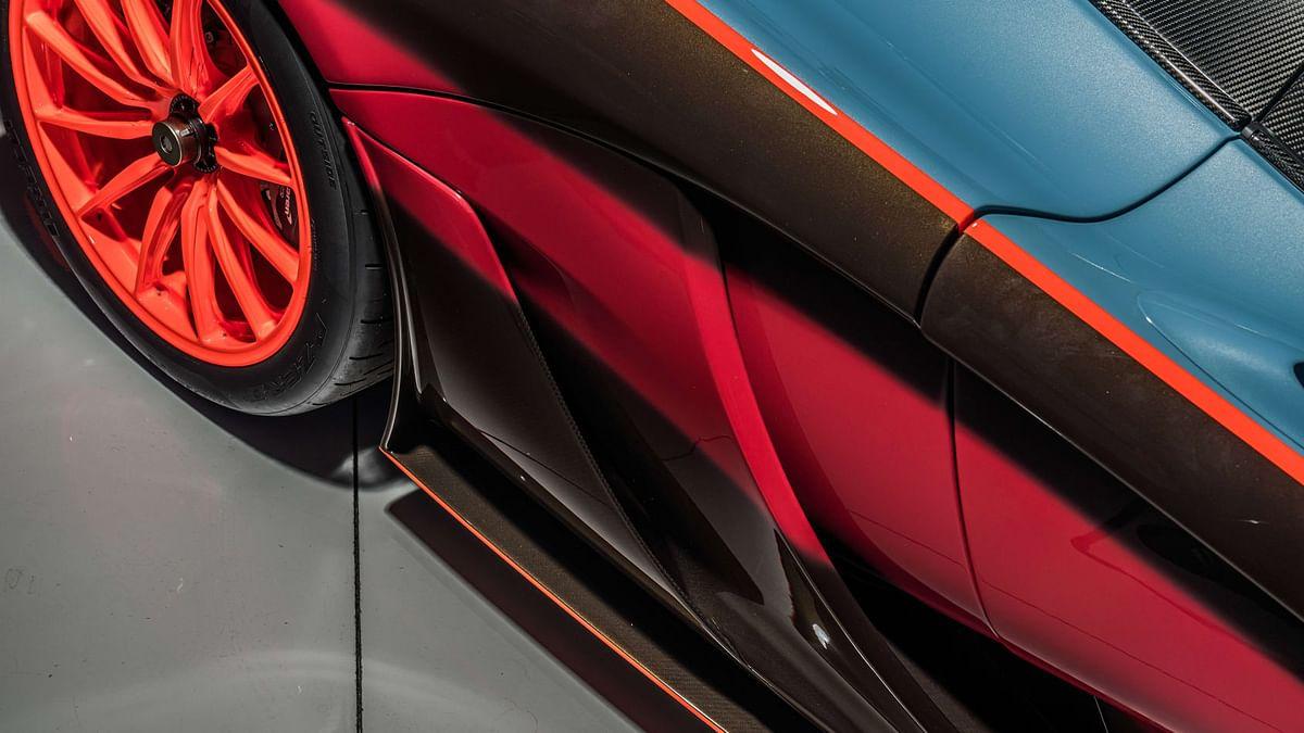 Lanzante McLaren P1 GTR-18, side intakes