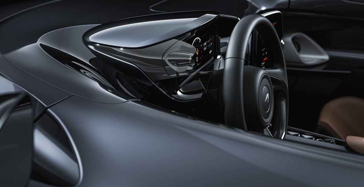 McLaren Elva steering