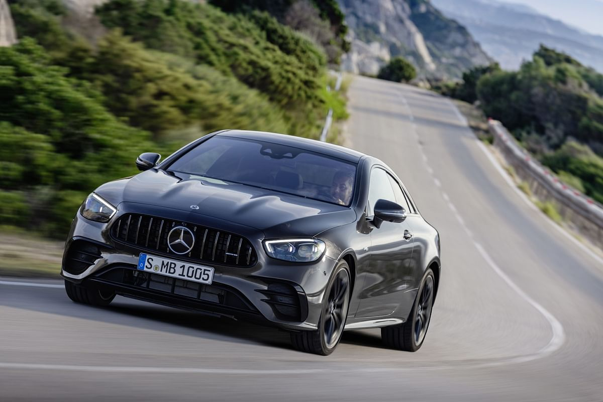 Mercedes-Benz C 63 AMG 4Matic+ Coupe driving left front three quarters