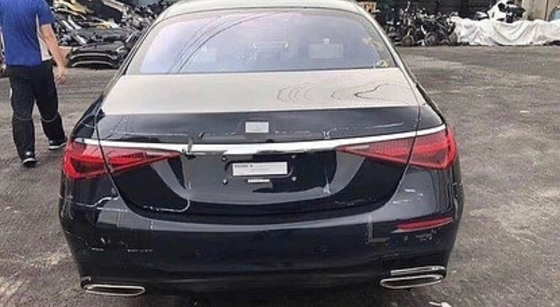 Next-generation Mercedes-Benz S-Class leaked: Spy shots reveal both interior and the outsides