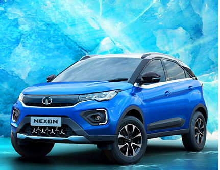 Digitised visual of Tata Nexon, viewed front left three quarters