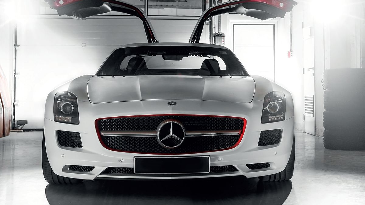 Mercedes-Benz SLS AMG, official safety car of the BIC! 300kmph club, part 2