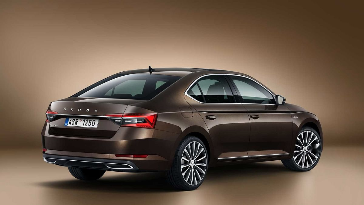 The Superb gets a new BS6-compliant 2-litre TSI turbo petrol engine instead of the old 1.8-litre TSI petrol unit.