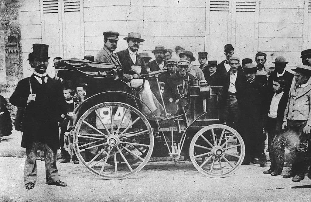 1894 Panhard Levassor motor car, with the first steering wheel