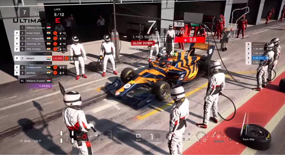 Drivers from P2 to P9 went into the pits simultaneously