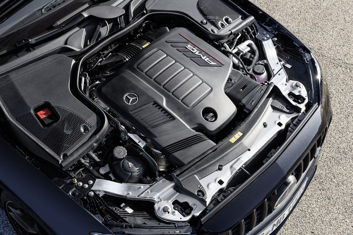 The twin turbo petrol engine works in tandem with an 48V electric system