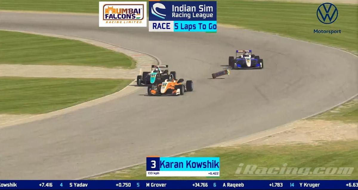 Karan Kowshik's bang wing falls off after contact with Swaraj Yadav