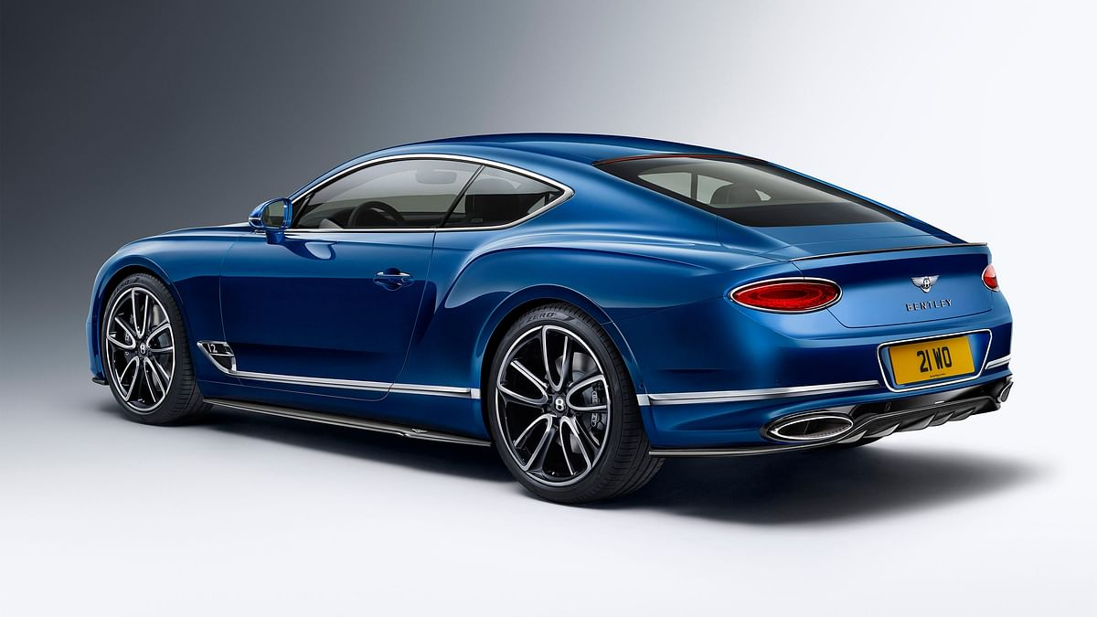 Bentley Continental GT sporting the carbonfibre styling specification