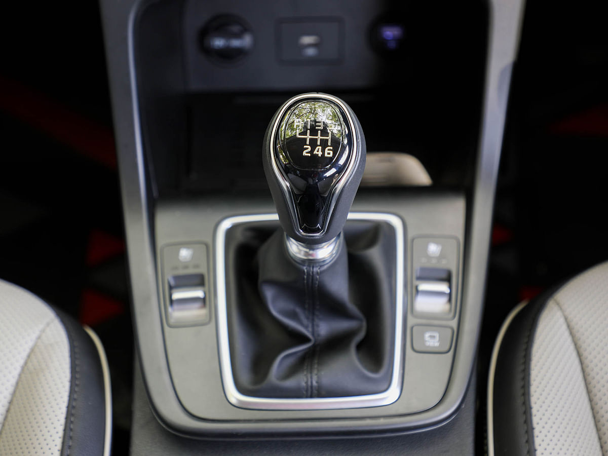 The six-speed manual is easy to operate, there's a torque convertor on offer as well