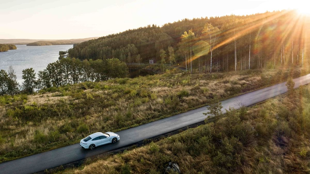 Long road trips in EVs may soon become a reality!