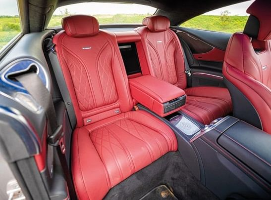 Rear seats of the S 63 AMG Coupe
