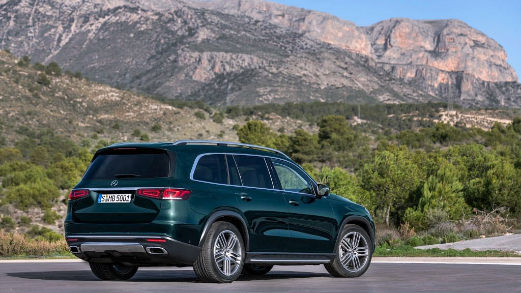 The rear is similar to the GLE, which isn't a bad thing