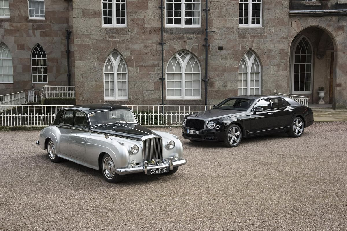 1960 Bentley S2 flanked by the 2020 Flying Spur, both of which ran variations of the same engine