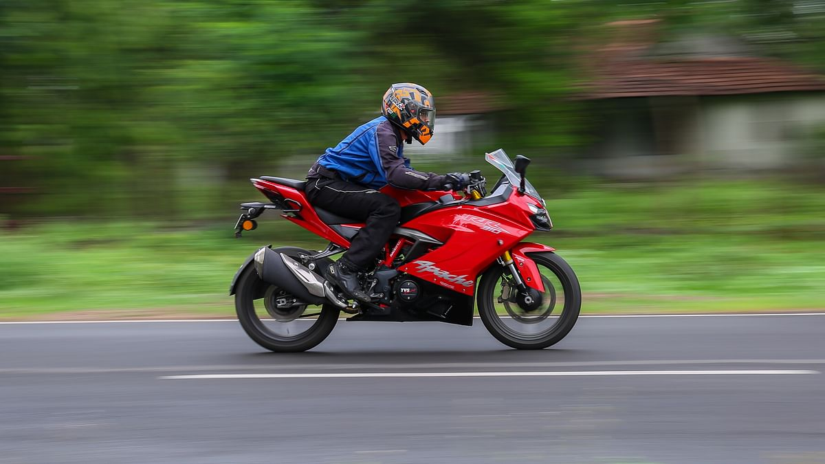 TVS Apache RR310 BS6 review