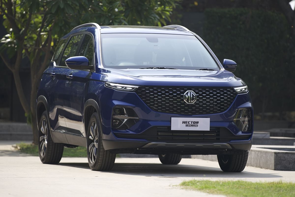 Mildly redone front end on the MG Hector Plus