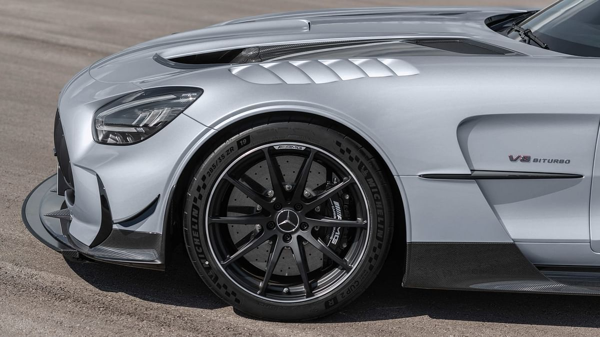 AMG has also fitted a selection of carbon structural components including a shear panel under the engine and a newly designed adjustable strut brace situated over the front axle