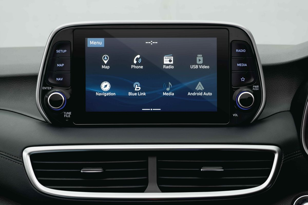 New floating 8-inch touchscreen gives the Tucson a bump in technology