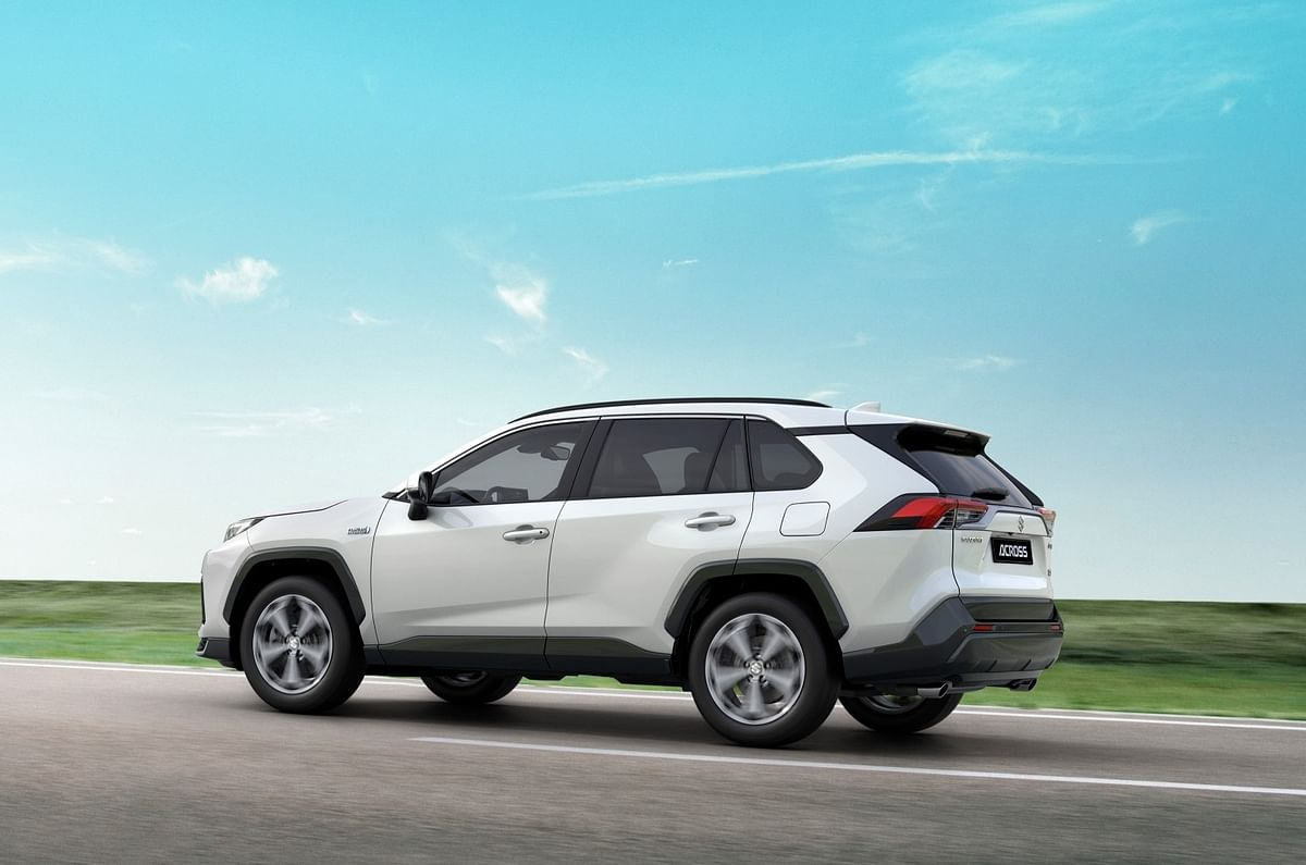 Rear resembles RAV4 even more closely than front