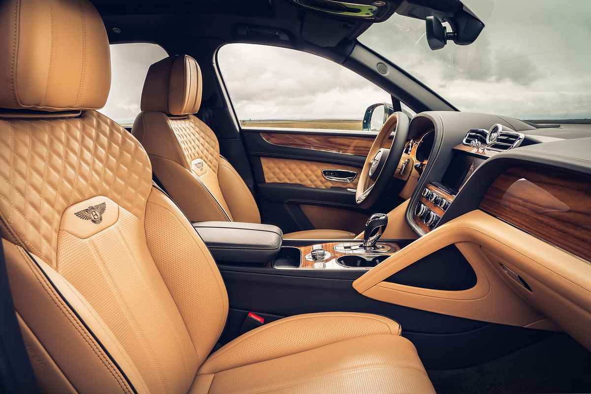 A detailed look into the four-seat option specifications of the Bentley Bentayga