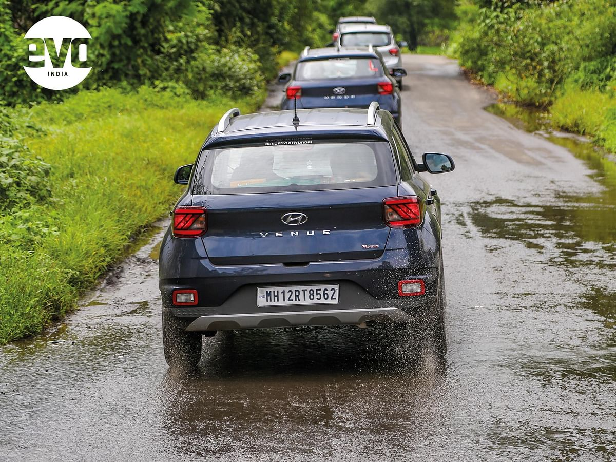 Rains hamper visibility