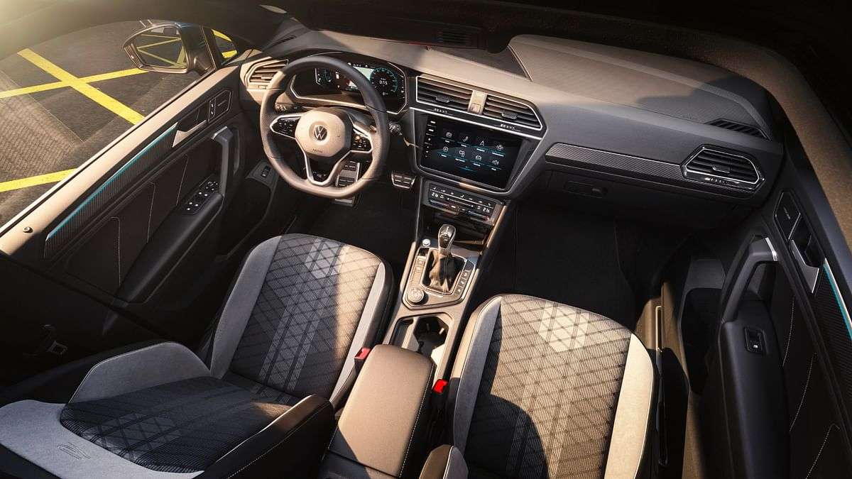 Cross-hatch pattern on the seats gives a dash of style