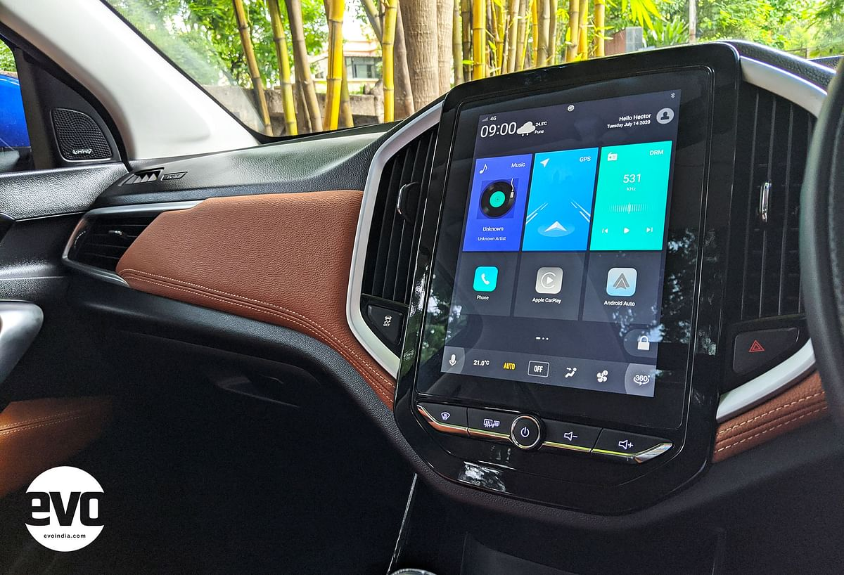 10.4-inch touchscreen is a highlight on the dashboard