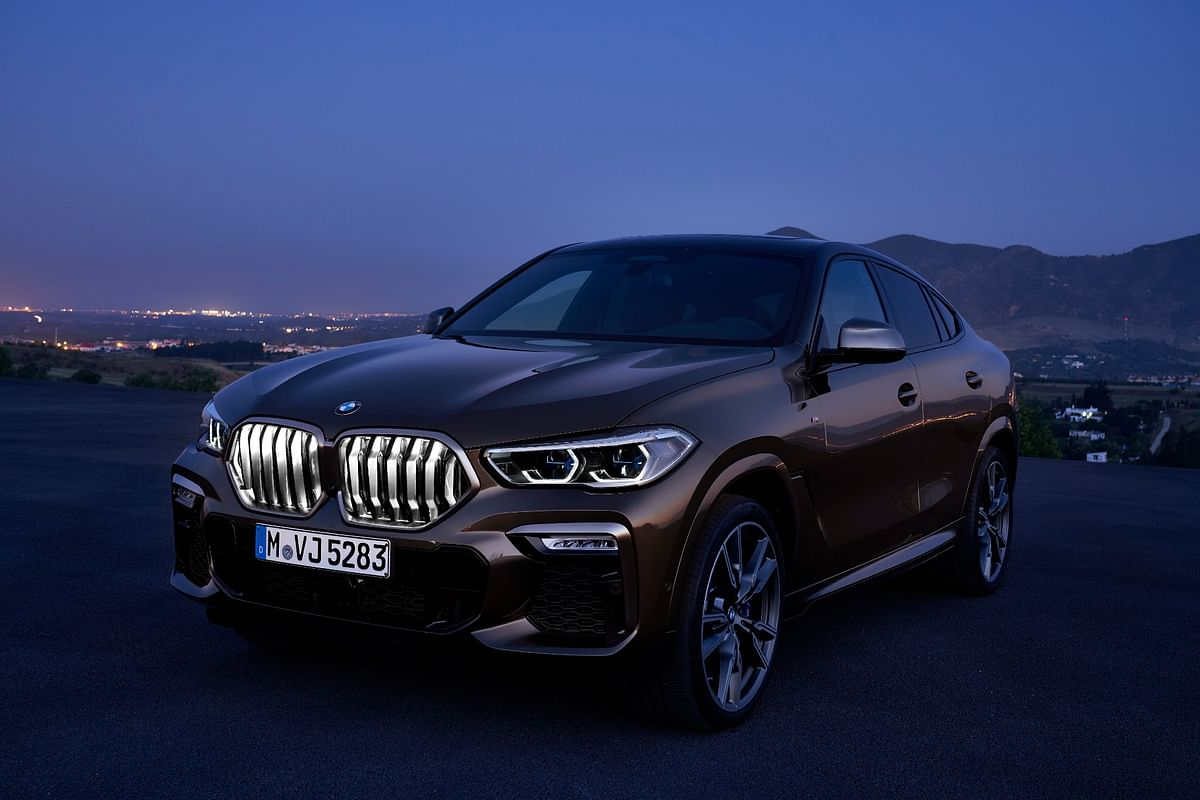 BMW adds more LEDs to the bold angular kidney grille