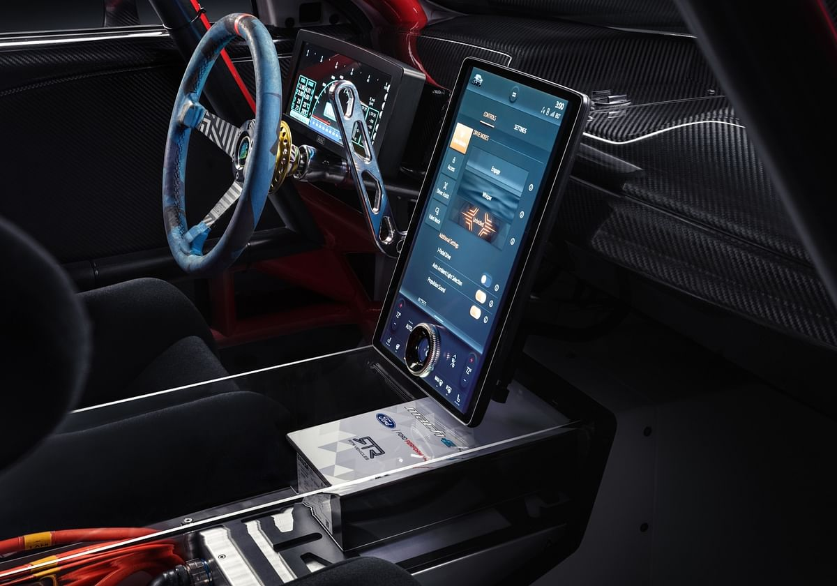 Large central screen handles both infotainment as well as chassis and performance settings