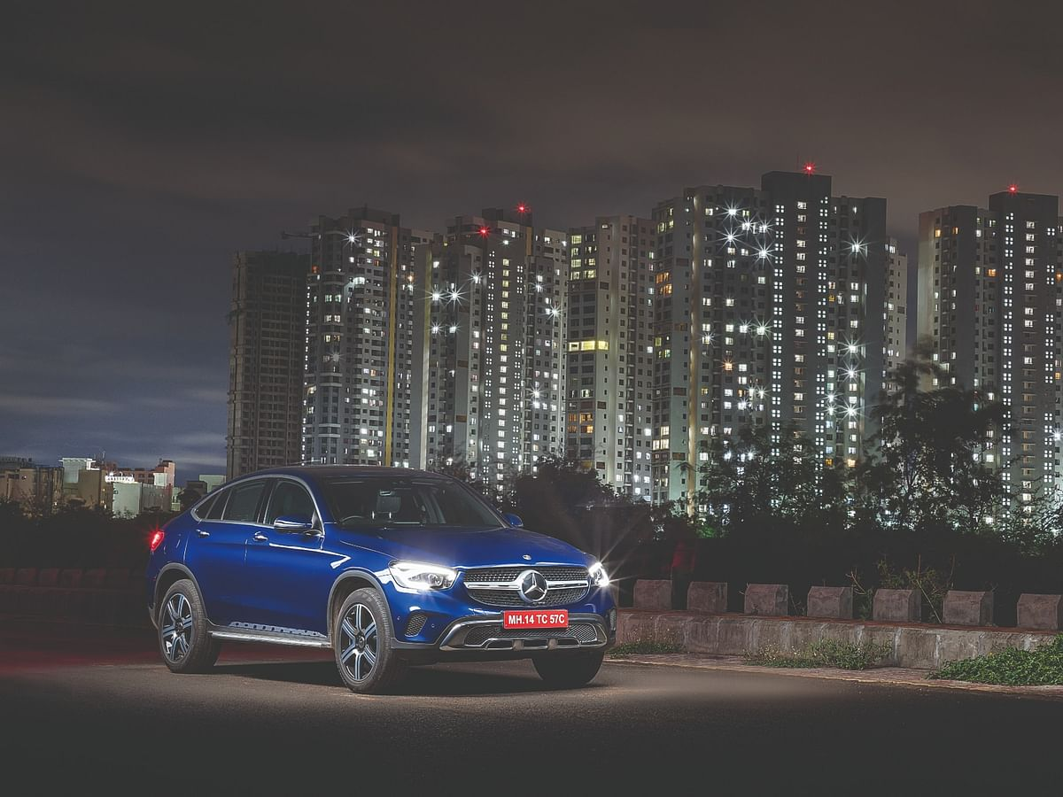 The night is dark and full of revs: Driving the Mercedes-Benz GLC Coupe 300d after dark