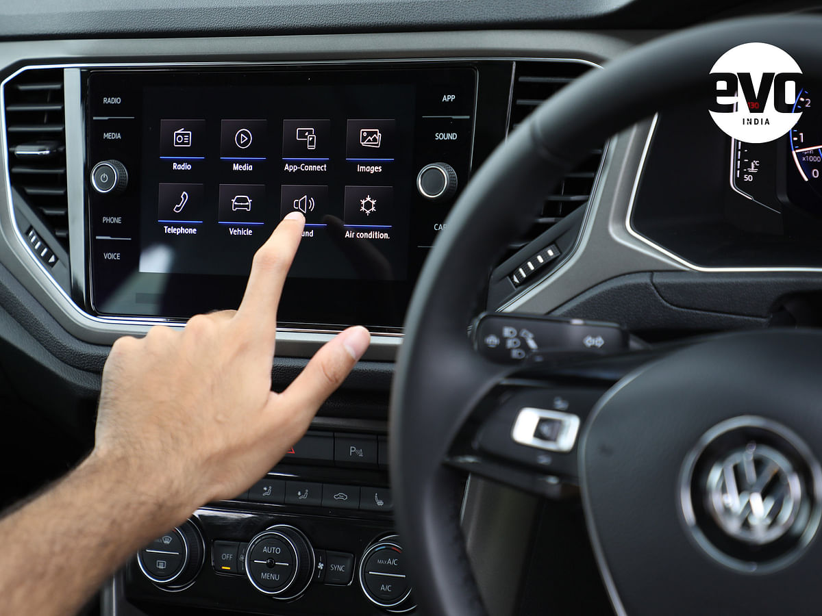The touchscreen is Android Auto and Apple CarPlay compatible