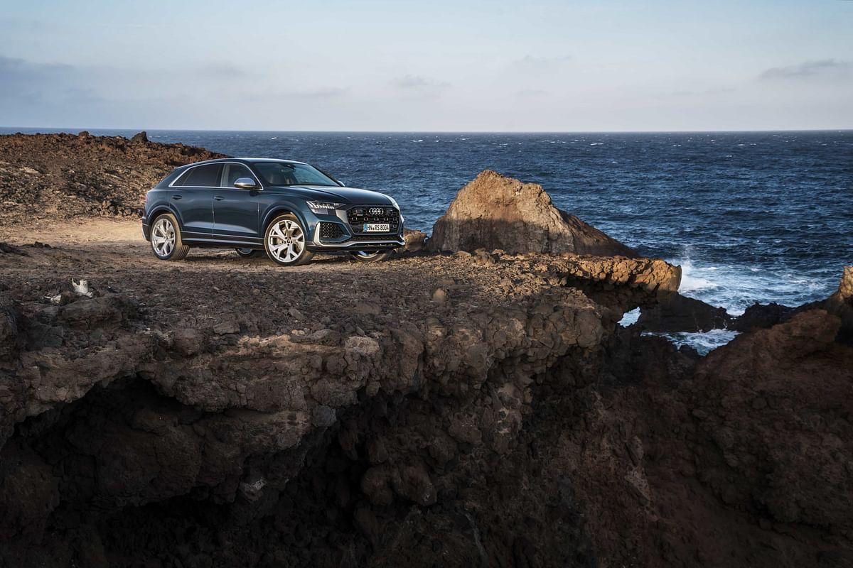 It really is a good looking SUV, isn't it?