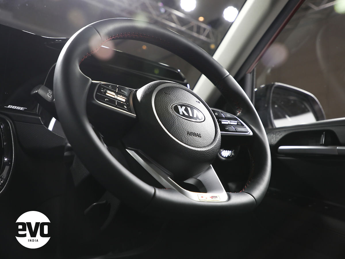 The steering wheel is shared with the Seltos