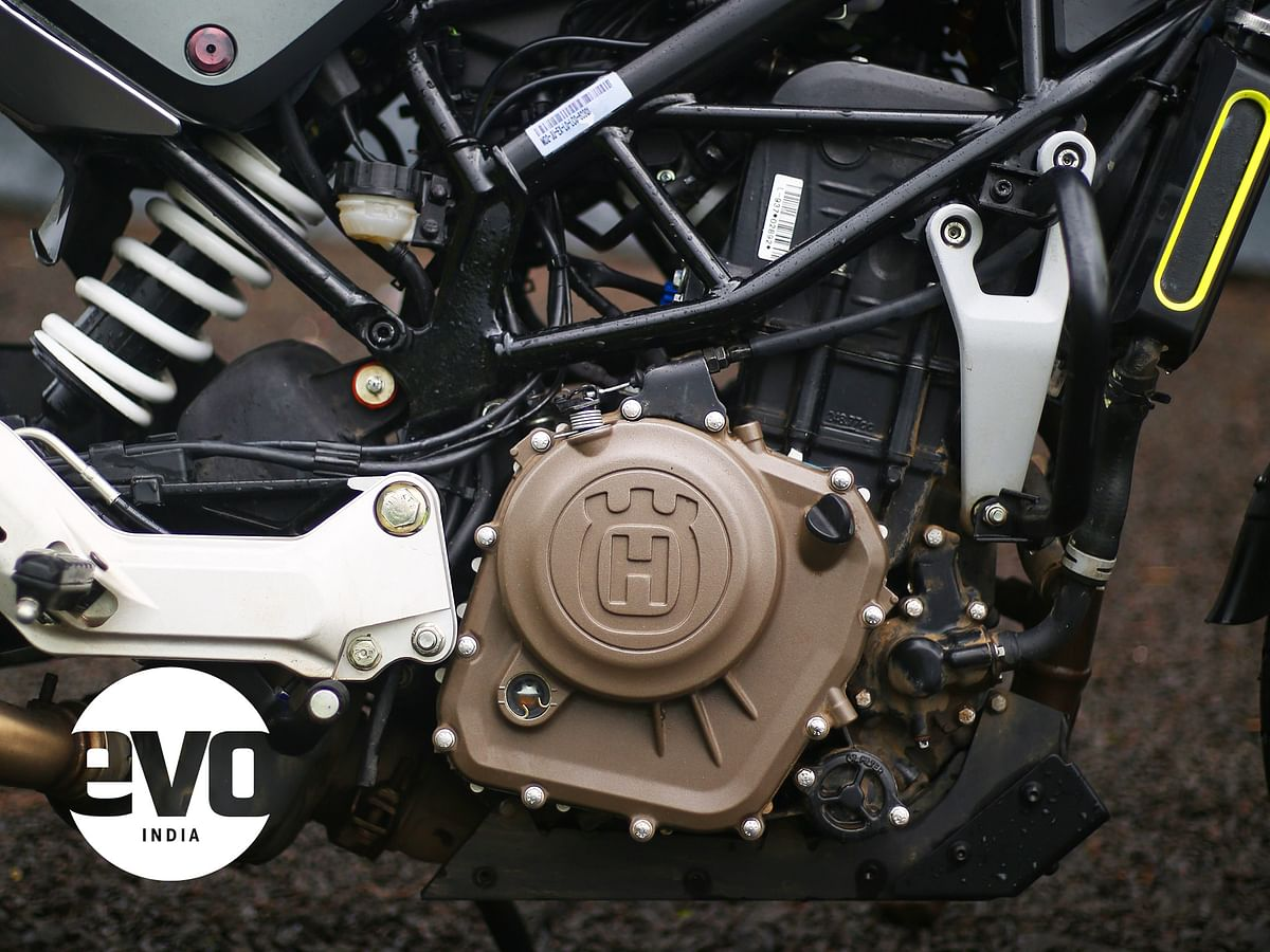 Both the bikes get identical engine to that of KTM 250 Duke