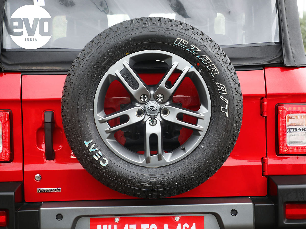 All terrain tyres on 18-inch alloy wheels on the LX variant