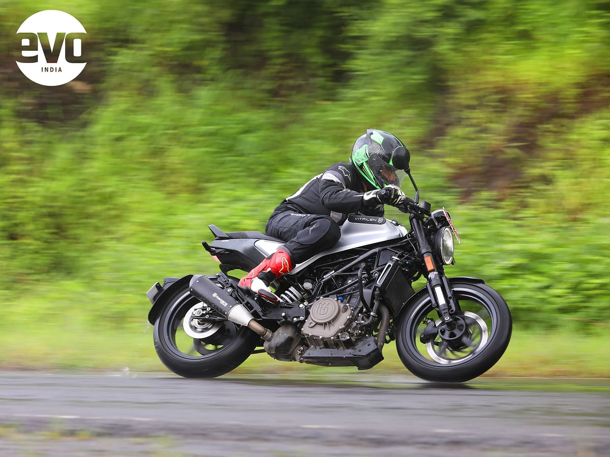Turn in is quick and the motorcycles feel nimble