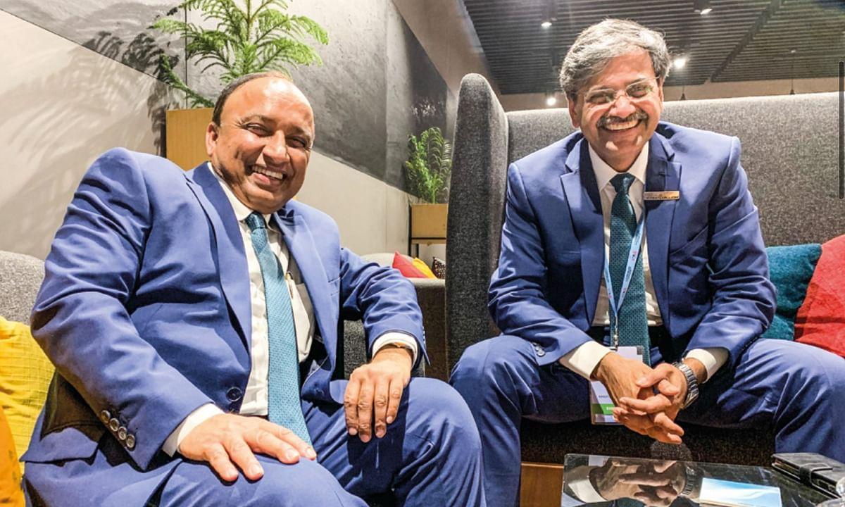 CV Raman (right) with Shashank Shrivastav